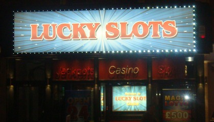 Lucky slot fascia re size